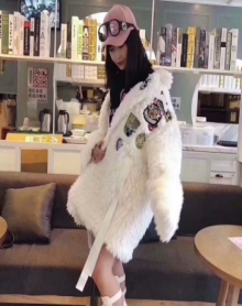 特价GG潮牌2017欧美范冬季女装正品闪购个性潮范徽章贴布毛毛大衣外套