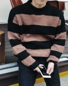 新款秋季韩版学生半高领毛衣针织衫男士港风加厚宽松青年套头衫潮