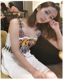 泰国潮牌倪妮明星同款刺绣名媛小香风吊带连衣裙海边度假沙滩长裙