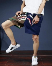 2018夏季新款男士复古百搭鲨鱼迷彩拼接五分裤男生韩版休闲沙滩短裤潮