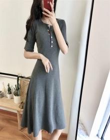 夏装2018新款韩版修身单排扣高腰大摆短袖中长款冷淡风连衣裙极简