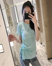 韩版侧边抽带开叉圆领褶皱T恤