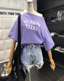 港味bf风小心机露肩t恤女春2018新款韩版宽松百搭短袖一字领上衣