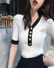 春夏装2018新款女装韩版时尚百搭V领纽扣装饰短袖针织衫显瘦上衣